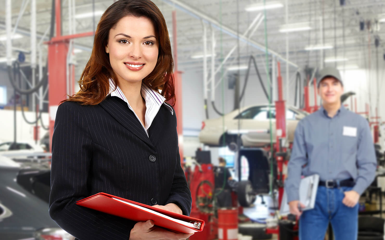 Manager in auto shop